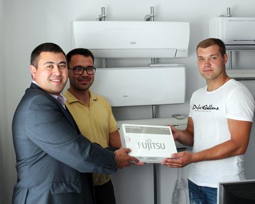 Награждение Уфимского победителя всероссийской акции «Комфорт с интеллектом от Fujitsu».