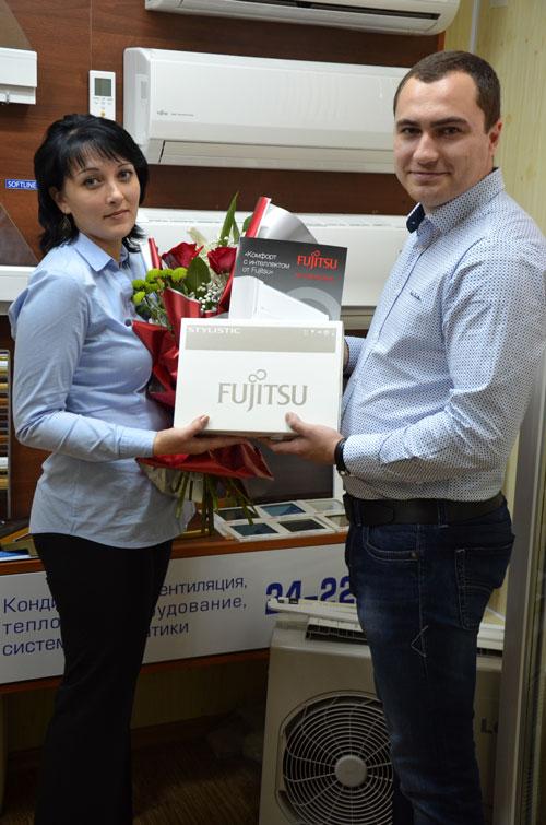 награждения победителя акции от Fujitsu в Пензе